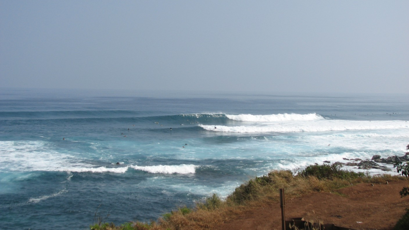 seedicksurf.com - Maui Surf Report and Photos, Hookipa